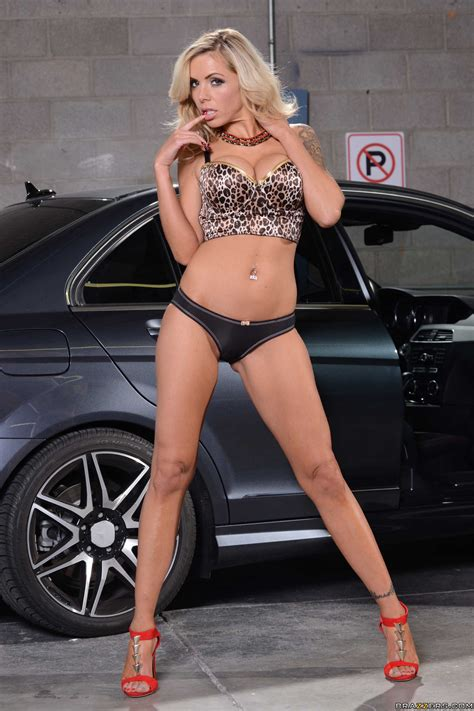 milf in a nice car jpg 1663x2495