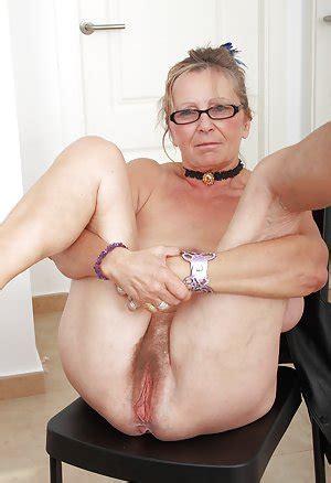 Grannypussy videos jpg 300x438