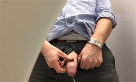 Taking a long piss porn gay videos jpg 550x333