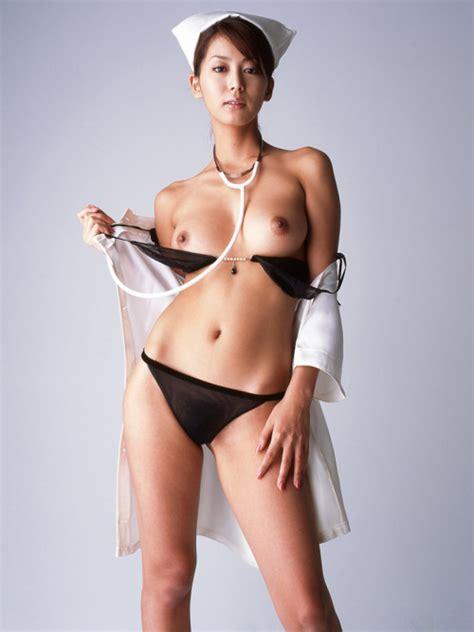 sexy nude doctors jpg 500x667